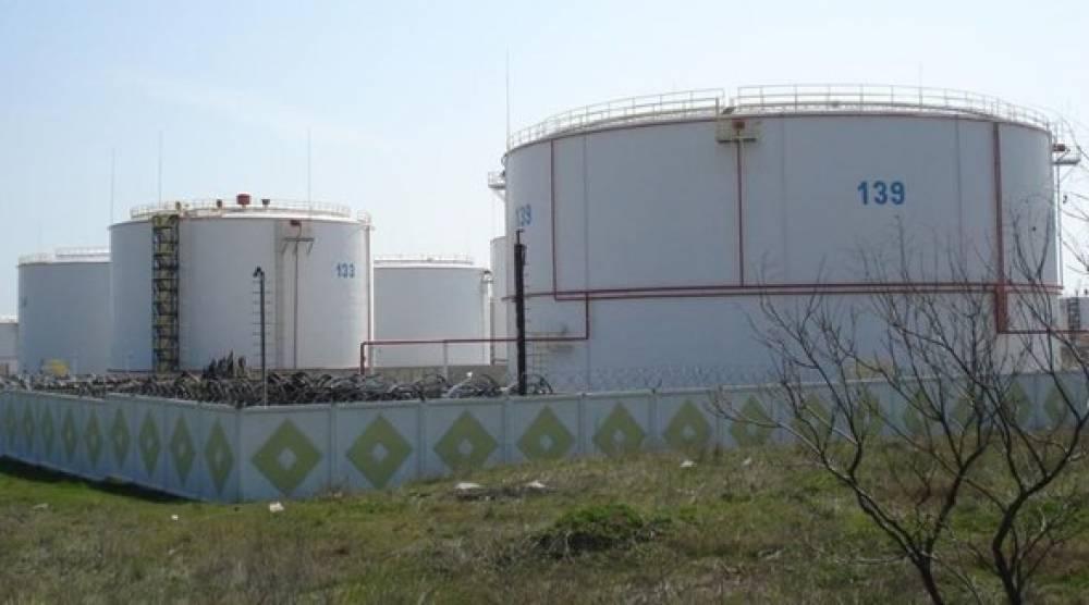 Госсовет Крыма рассмотрит вопрос о приватизации феодосийской нефтебазы