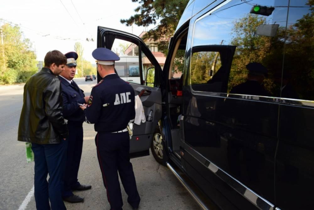 Крымские полицейские пресекли за три месяца более 1100 нарушений со стороны нелегальных перевозчиков