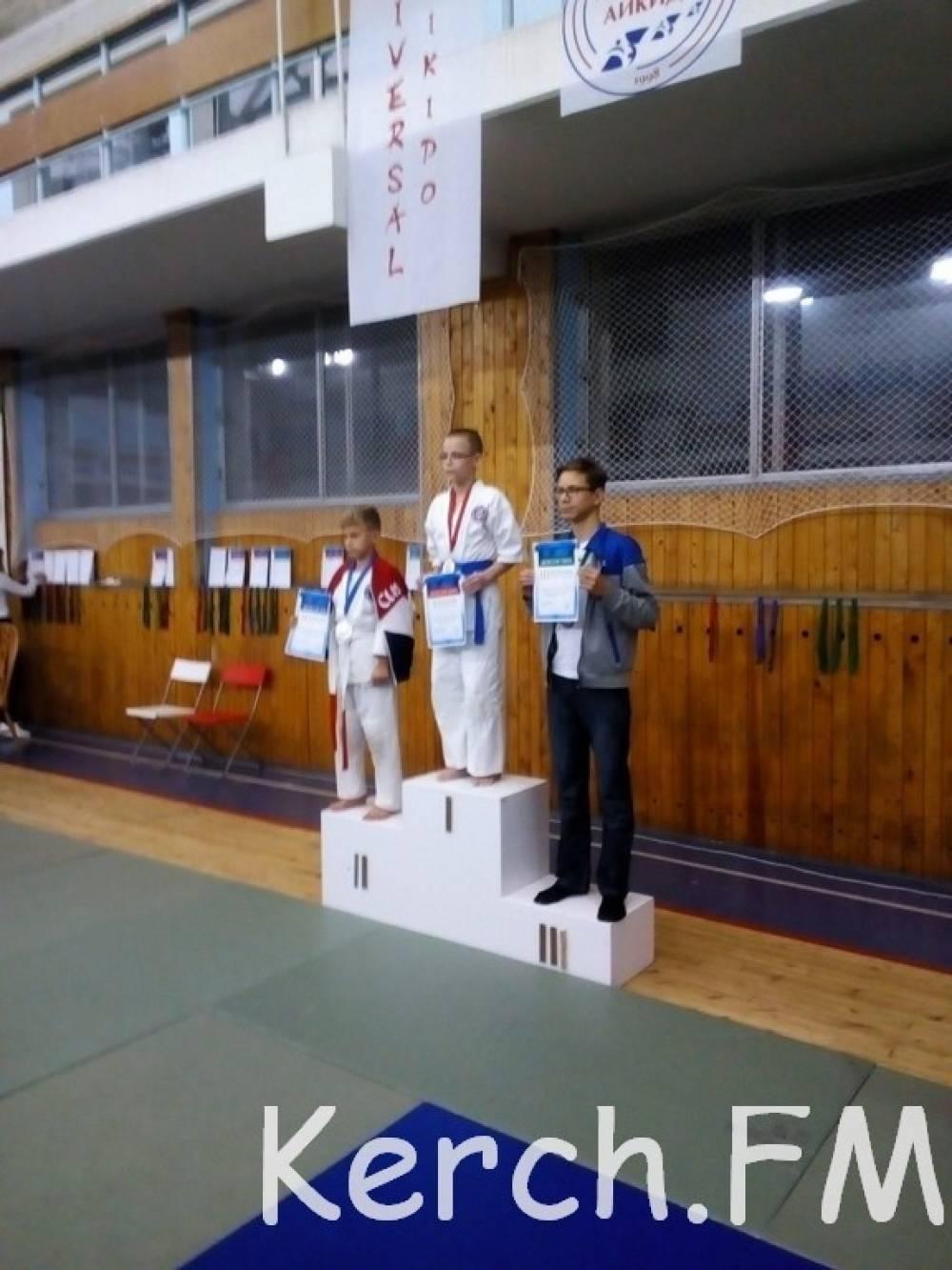 Керчане привезли из Москвы медали с Международного турнира по универсальному Айкидо