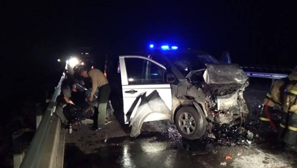 ВДТП смикроавтобусом вКрыму один человек умер ишестеро пострадали