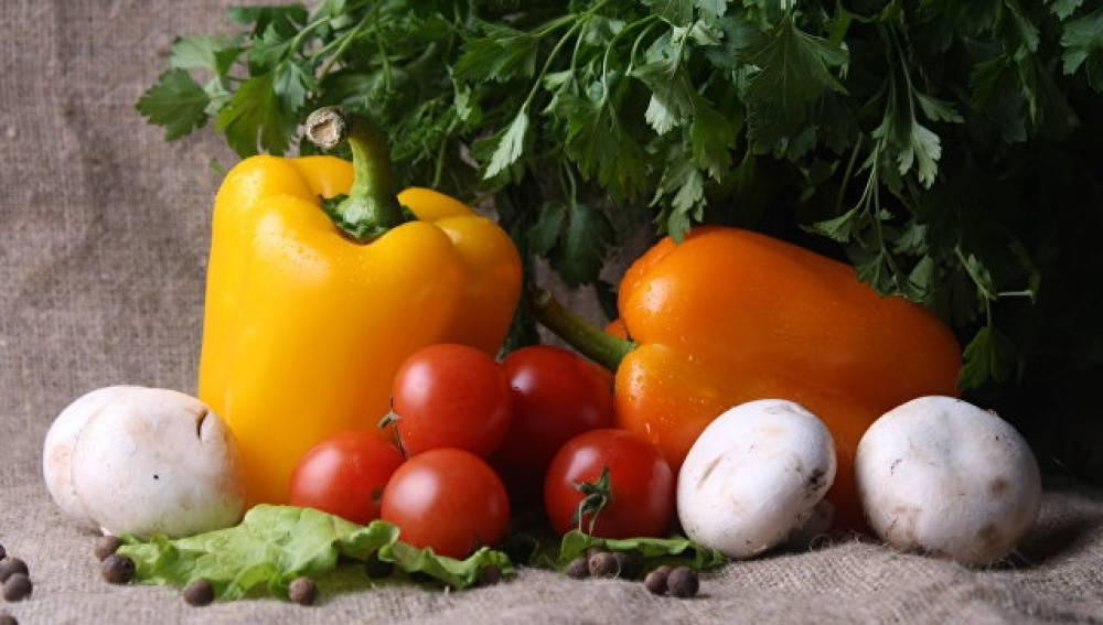 «Разукрашивание» рациона сделает питание полезнее - диетолог