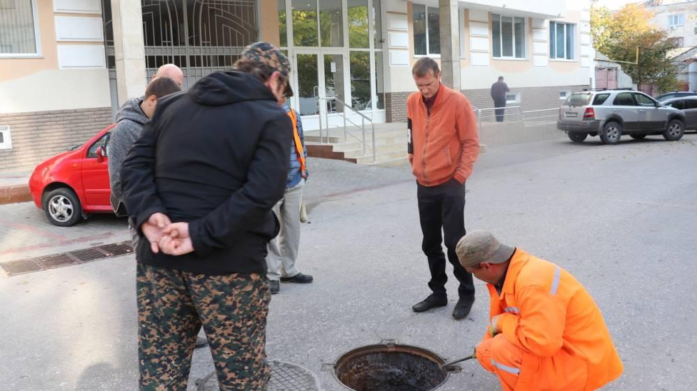 В Феодосии проводится проверка по факту выброса отходов в море