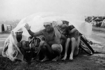 Феодосиец с ручным журавлем