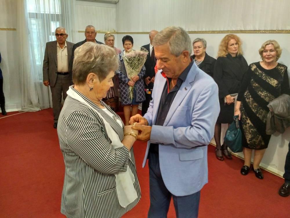 Ялтинцы Николай и Нина Михайловы отметили «золотую свадьбу»