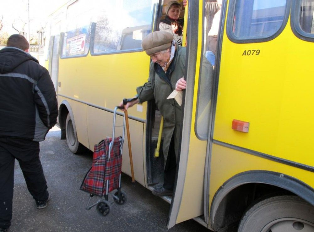 Власти Феодосии потребовали от перевозчиков полного обновления автопарков в течение 2-х лет