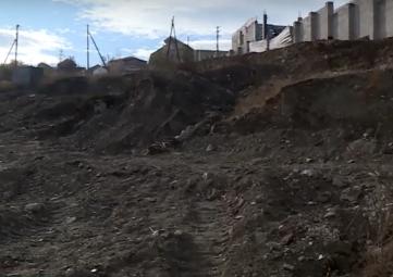 Стройка на костях: на территории храма в Феодосии нашли гробницу