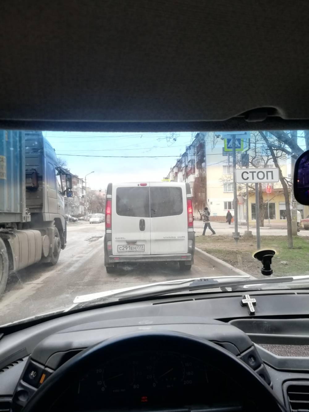 Знаки в небесах и светофор в ветках - феосети
