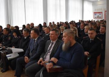 17 января 2020 года в зале совещаний МО МВД России «Джанкойский» состоялось подведение итогов работы отдела полиции за 2019 год