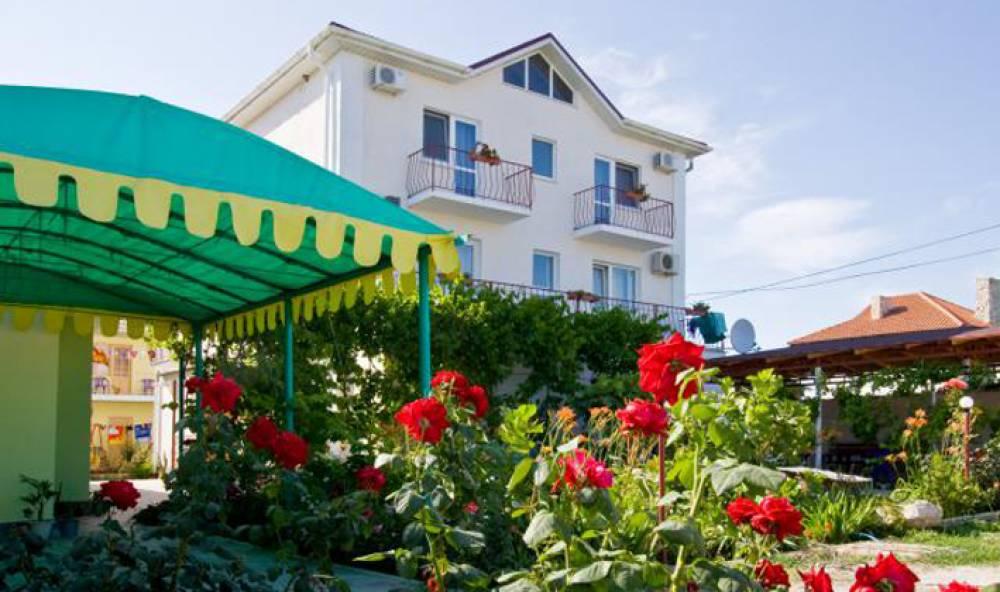 Власти Феодосии взялись выявлять недобросовестных владельцев гостиниц