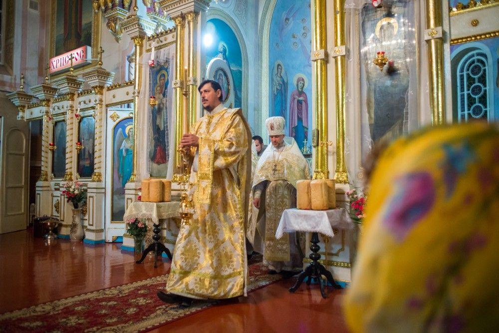 Ночная служба в Казанском соборе