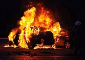 В Феодосии расследуют уголовное дело по факту поджога автомобиля