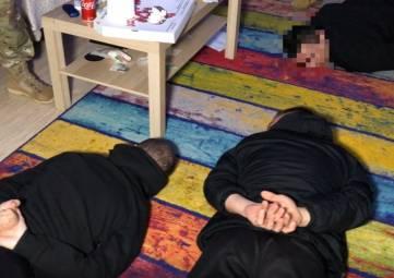 ФСБ выявила крупную нарколабораторию в Симферополе и Госдума приняла законопроект о бесплатном питании в школах