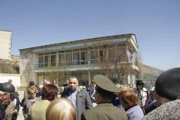 Феодосийское предприятие отдали, кроме сотрудников