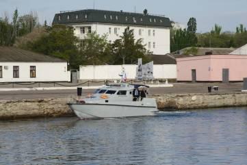 В Феодосийский залив спустили «Кораблики Победы»