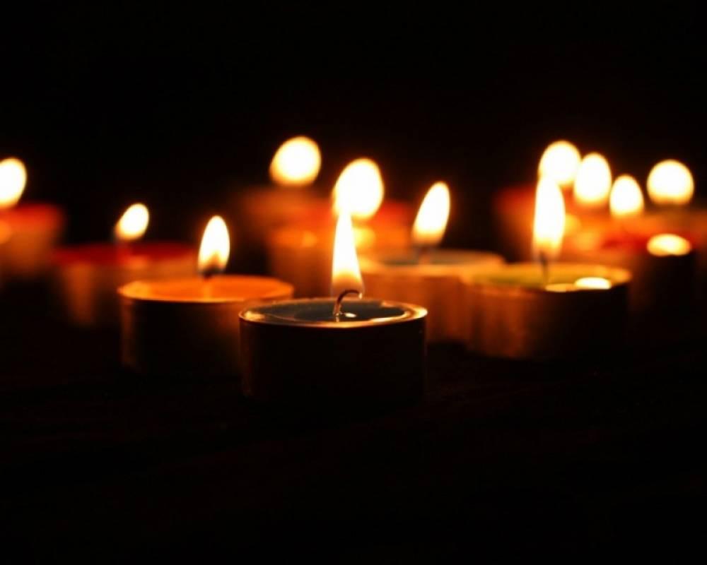 Траурное собрание, молебны и акция «Зажги свечу в своем сердце» пройдут в Феодосии 18 мая