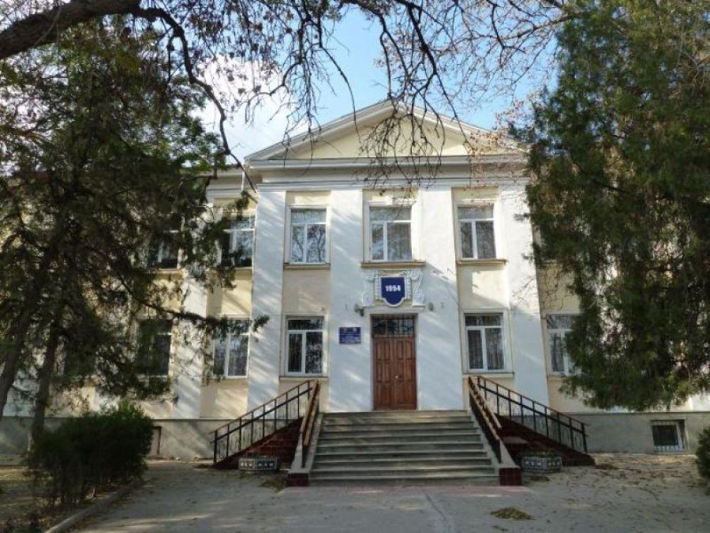 Подрядчик никак не завершит ремонт пищеблока в феодосийской школе №5