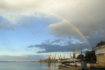 Сегодняшняя радуга над морем и Феодосией