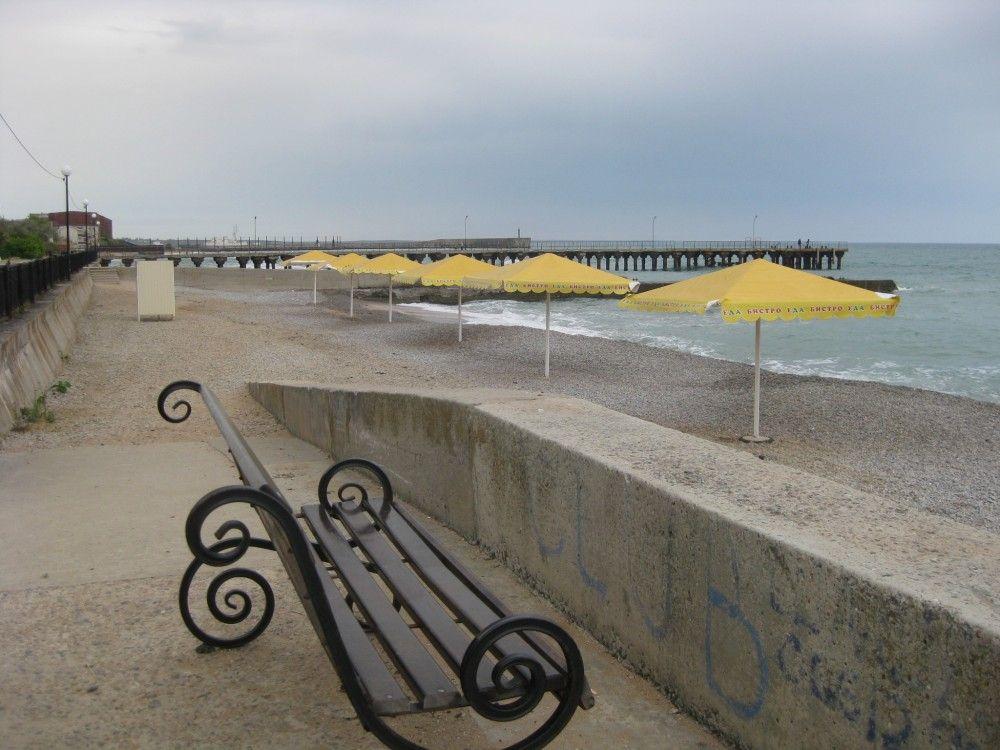 В Феодосийском регионе пока нет официально открытых пляжей