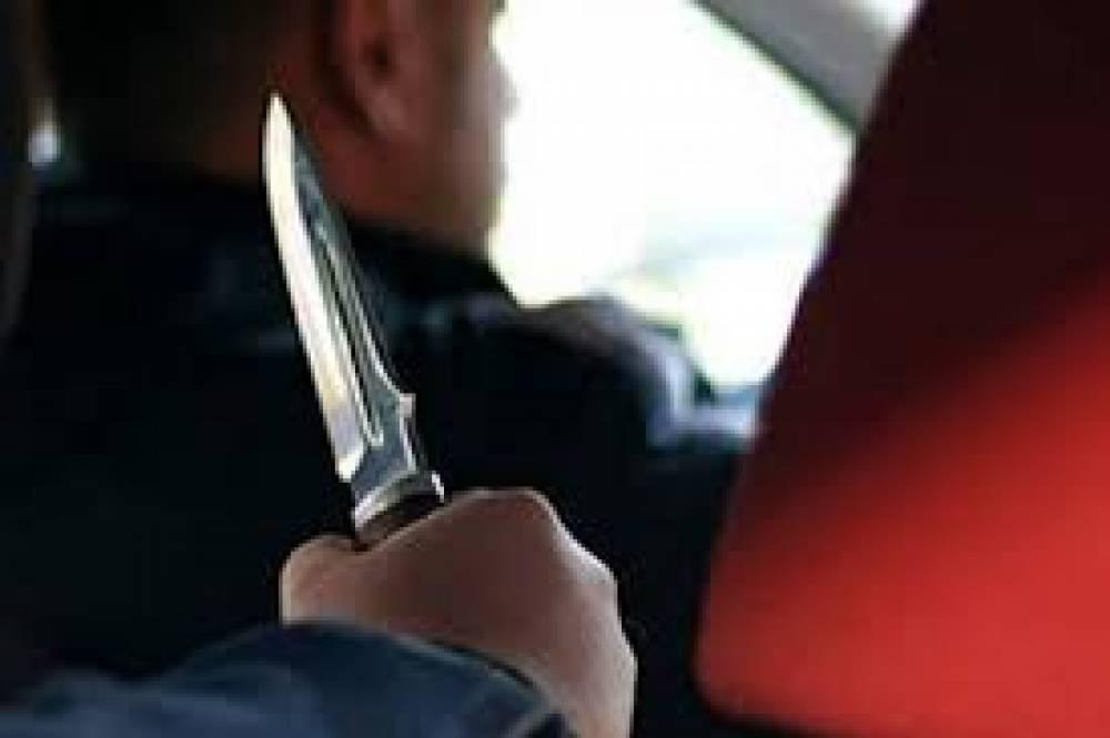 В Феодосии напали на водителя такси