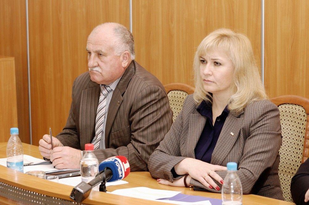 Самые высокие и самые скромные доходы депутатов Феодосии