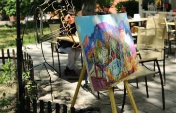 В Феодосии состоялся перформанс «Творчество, здоровье, жизнь». Фоторепортаж