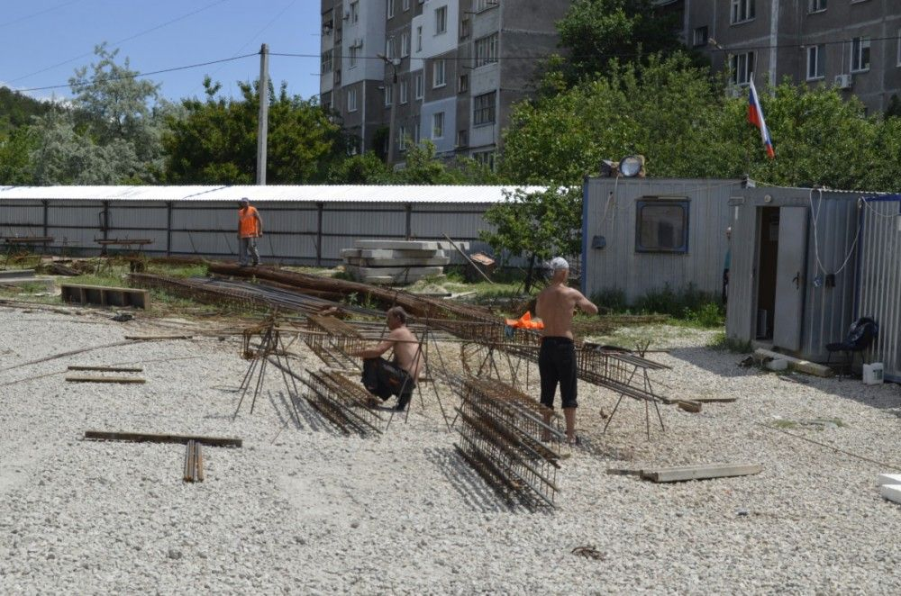Гаражи на Челноковском массиве в Феодосии тоже пойдут под снос (ФОТО)