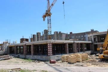 Строители возвели один из корпусов детсада на Челноках в Феодосии (ФОТО)