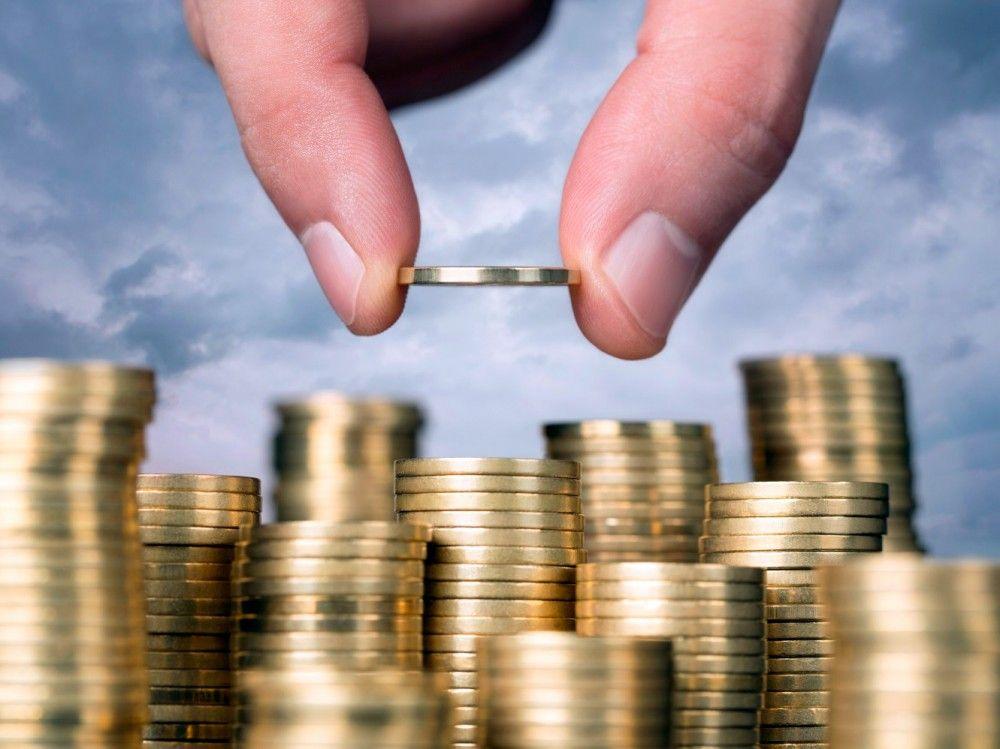 Феодосийцы отчитались о полученных доходах за прошлый год