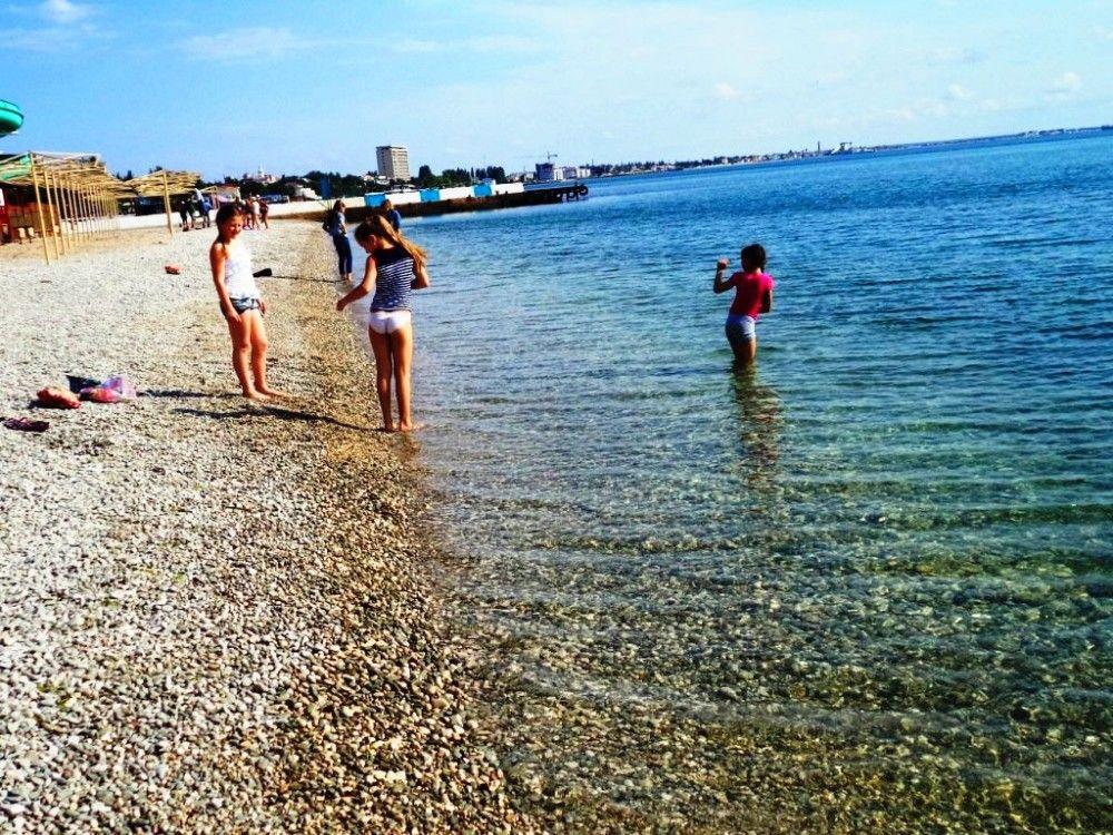 Феодосийский пляж «Камешки» благоустроят за 10 000 000 рублей