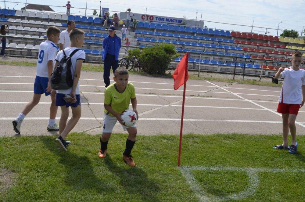 Почти пять десятков футбольных команд сразятся за кубок Шайдерова в Феодосии (ФОТО)