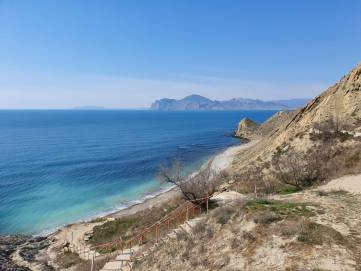Апрельский рай в Крыму (Фото)