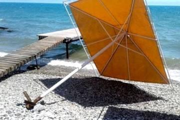 Правоохранители начали проверку по информации СМИ о травмированной на пляже в Коктебеле девочке (ФОТО)