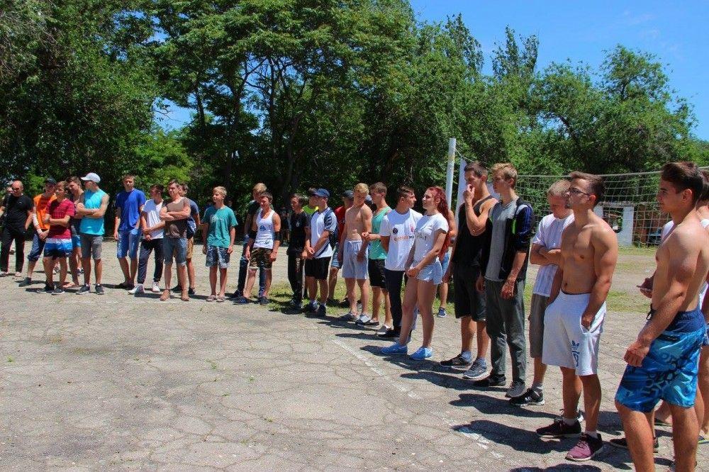 В Феодосии соревновались воркаутеры