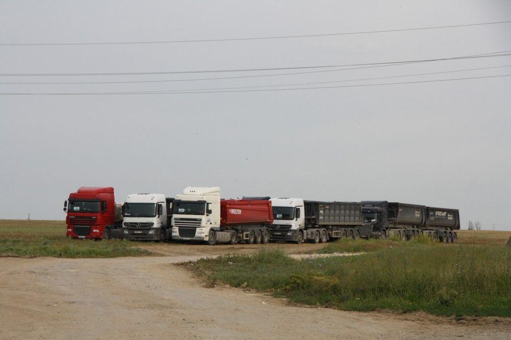 Феодосиец строит крымский мост