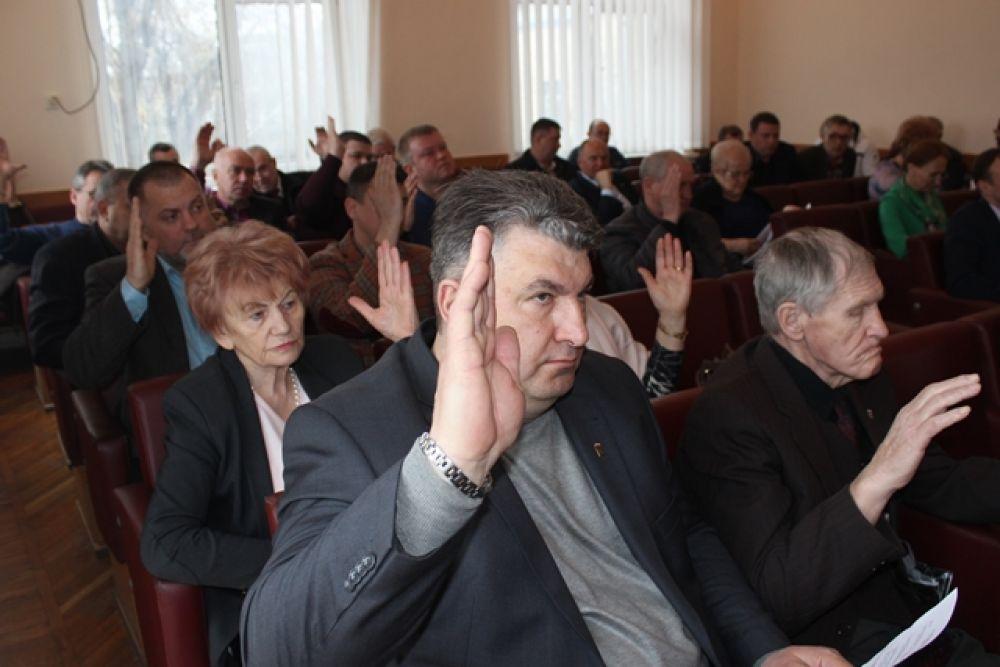 Четырех феодосийских депутатов лишают мандатов? Обновлено