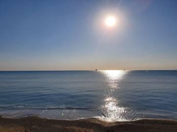 Утро, море (фото, видео)