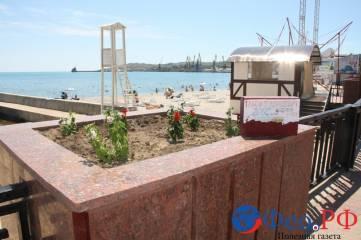 Депутаты прошлись по проблемным пляжам Феодосии