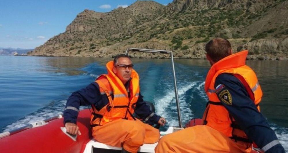 В море близ Коктебеля почти в километре от берега спасли мужчину
