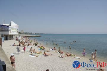 Как подготовили центральный пляж Феодосии к приему отдыхающих