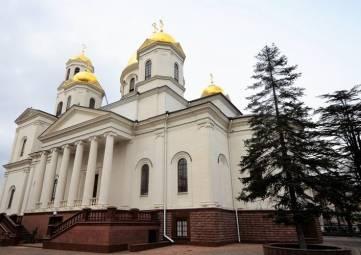 Православные храмы в Крыму закроют для посещения на Пасху