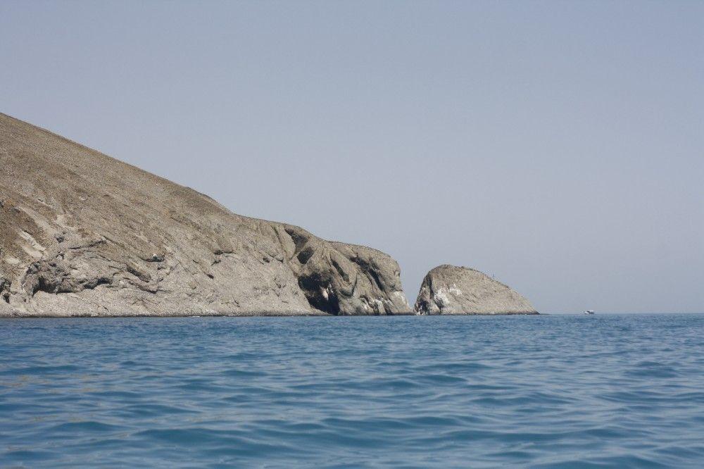 На лодке в живописные бухты под Орджо