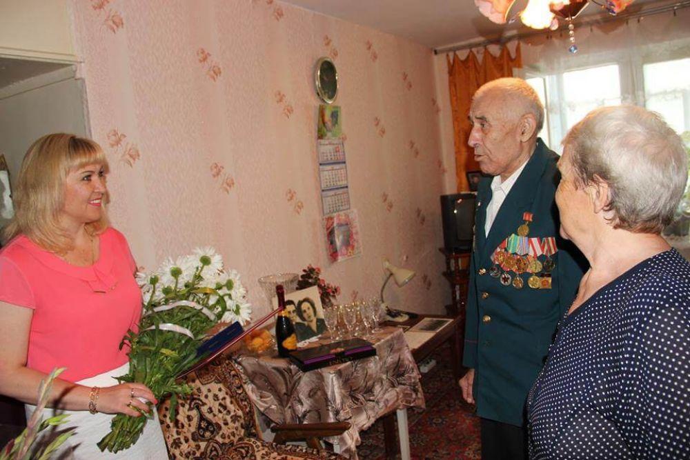 Семья из Феодосии удостоена медали «За любовь и верность»