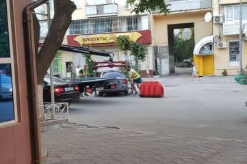 Первая эвакуация автомобиля в Феодосии