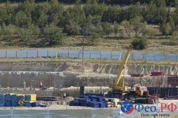 Взгляд со стороны на строительство феодосийской школы на Челноках