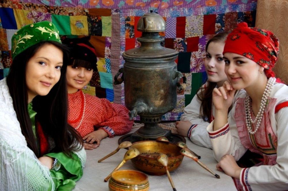 Аллея национальных культур украсит центр Феодосии в день города