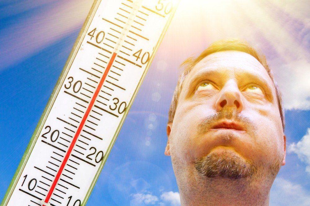 Экстремальная жара накроет сегодня Крым