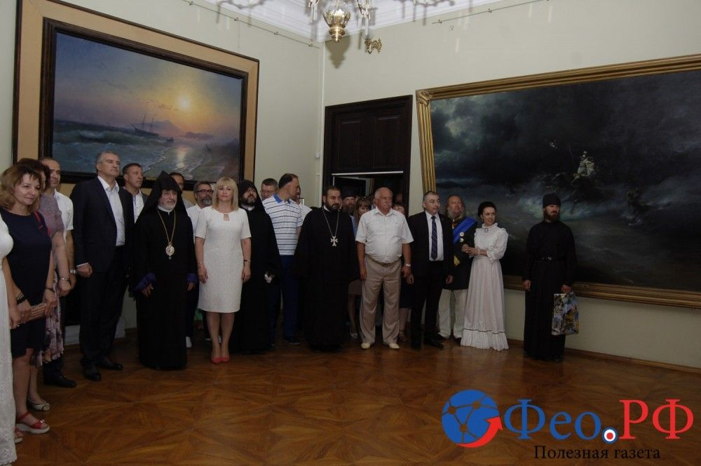Аксенов подарил феодосийской галерее Айвазовского картину мариниста Богданова
