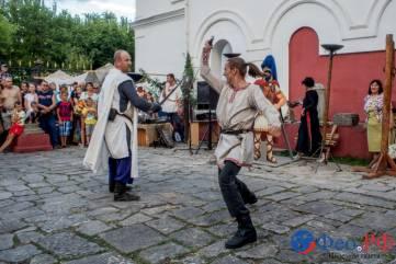 Рыцарские бои в День Феодосии