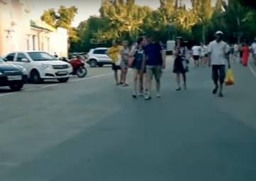 «Феодосийский взгляд» на незаконную парковку на Привокзальной площади