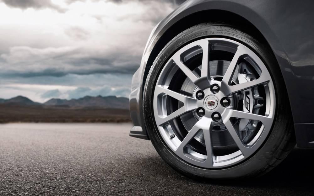 Владельцы элитных автомобилей в Крыму заплатят почти 7 млн рублей транспортного налога